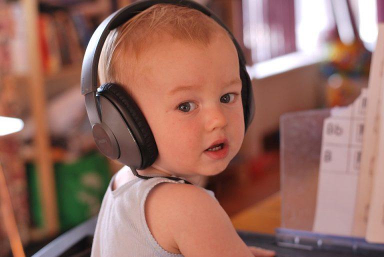hearing toodler