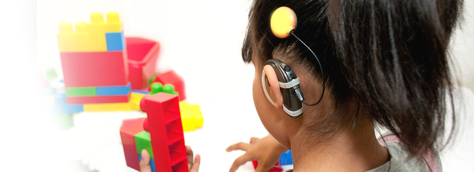 cochlear_implant_girl