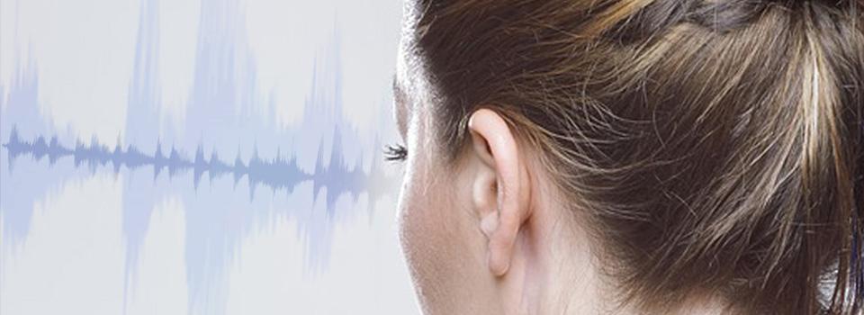 woman_audiology